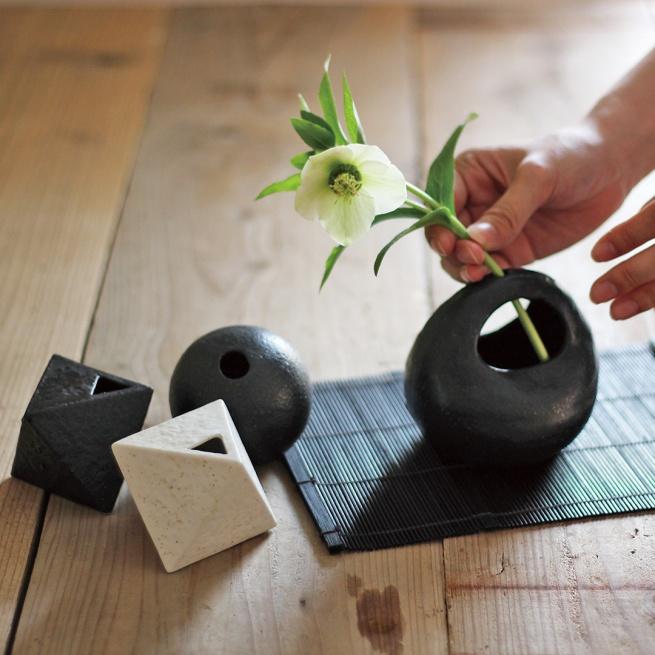 Fuuka -玄関や食卓など生活空間を彩る花器シリーズ。気軽に生け花を楽しめます。-